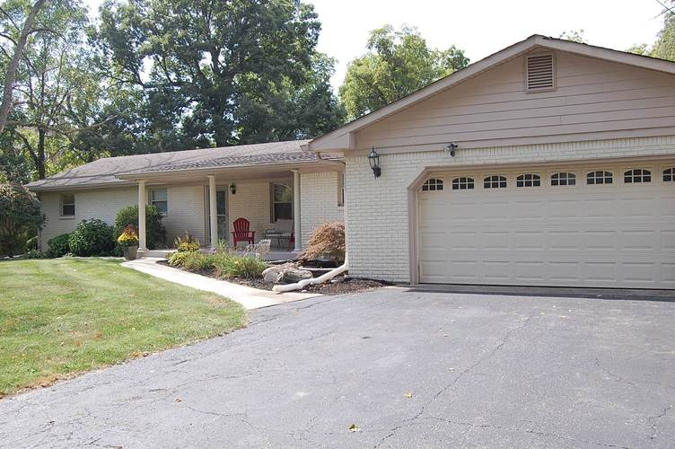 8810 Shelby Street Indianapolis IN 46227 | MLS 202016557 | photo 1