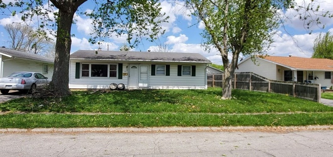 1812 W KNIGHT Circle Marion, IN 46952-2448   MLS 202016722