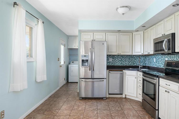 616 Englewood Drive Winchester IN 47394 | MLS 202016845 | photo 10