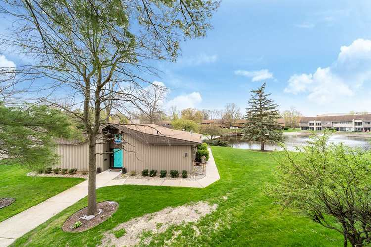 1940 Bridgeview Trail Avenue South Bend IN 46637 | MLS 202016854 | photo 1