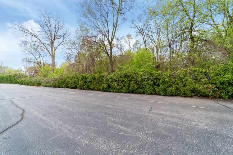 1940 Bridgeview Trail Avenue South Bend IN 46637 | MLS 202016854 | photo 16