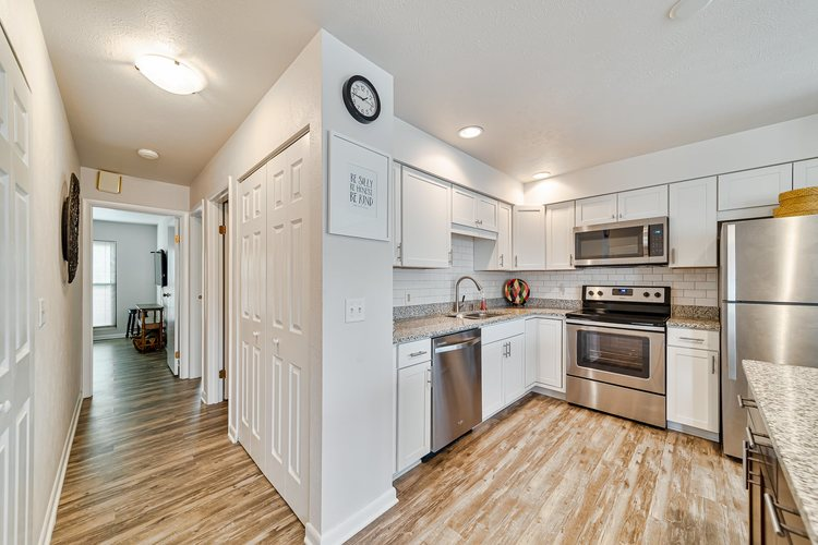 1940 Bridgeview Trail Avenue South Bend IN 46637 | MLS 202016854 | photo 6