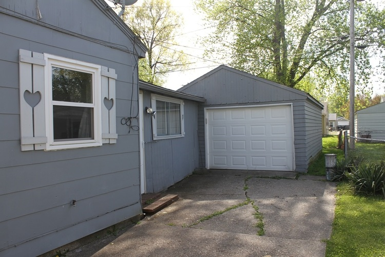 2524 Foxhall Drive Lafayette IN 47909-2521   MLS 202016938   photo 4