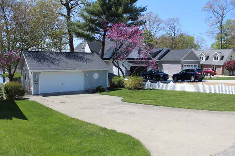 1320 Eastgate Drive Kendallville IN 46755 | MLS 202017286 | photo 36