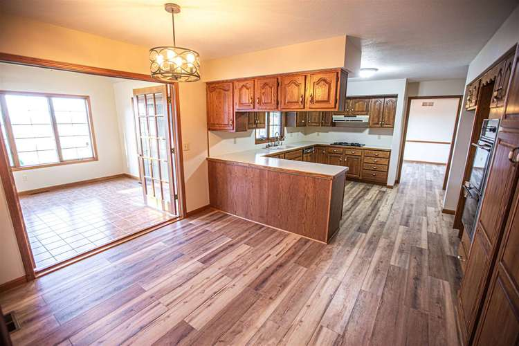 19919 Roosevelt Road South Bend IN 46614   MLS 202017326   photo 14