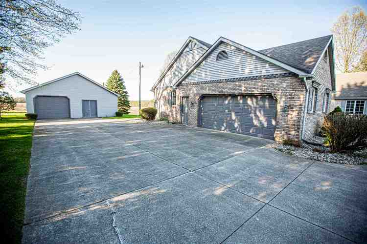 19919 Roosevelt Road South Bend IN 46614   MLS 202017326   photo 6