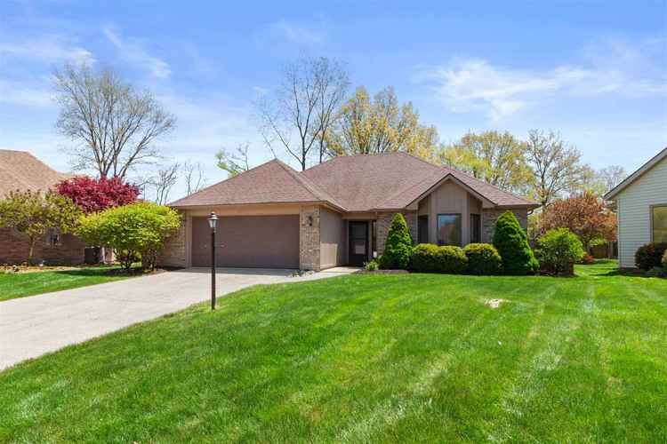 6632 PARSONS Court Fort Wayne IN 46815 | MLS 202017333 | photo 2