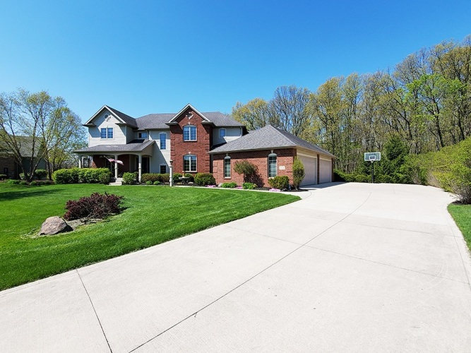 1534 Canyon Cove Fort Wayne IN 46845 | MLS 202017402 | photo 1