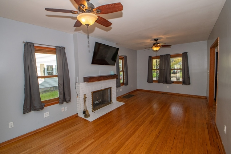 1208 E Bronson Street South Bend IN 46615 | MLS 202017455 | photo 18