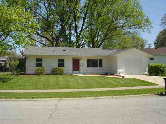 2605  Foxhall Drive Lafayette, IN 47909   MLS 202017493