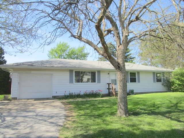 2424 Sycamore Lane West Lafayette IN 47906   MLS 202017538   photo 1