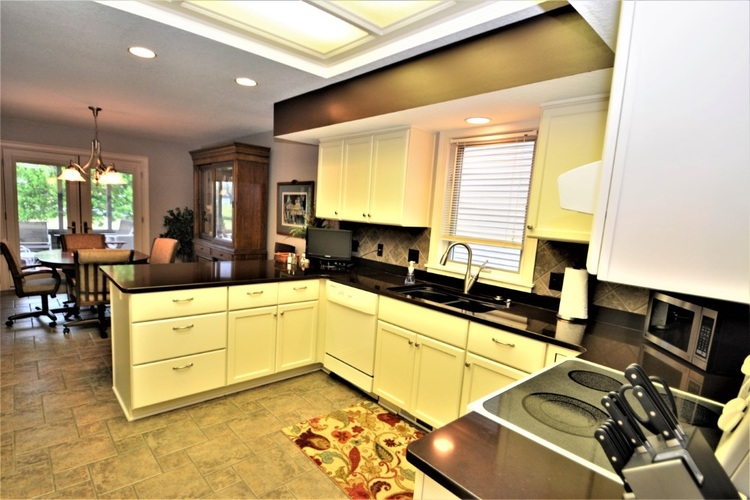 10624 Summerhill Place Fort Wayne IN 46814   MLS 202017560   photo 7