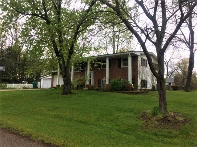 220 Riverwood Acres Drive Rochester IN 46975 | MLS 202017680 | photo 1