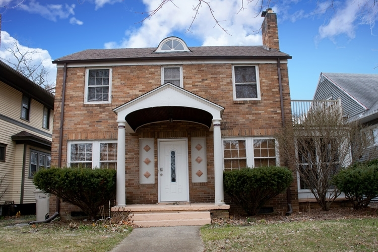 225 Marquette Avenue South Bend IN 46617 | MLS 202017715 | photo 1