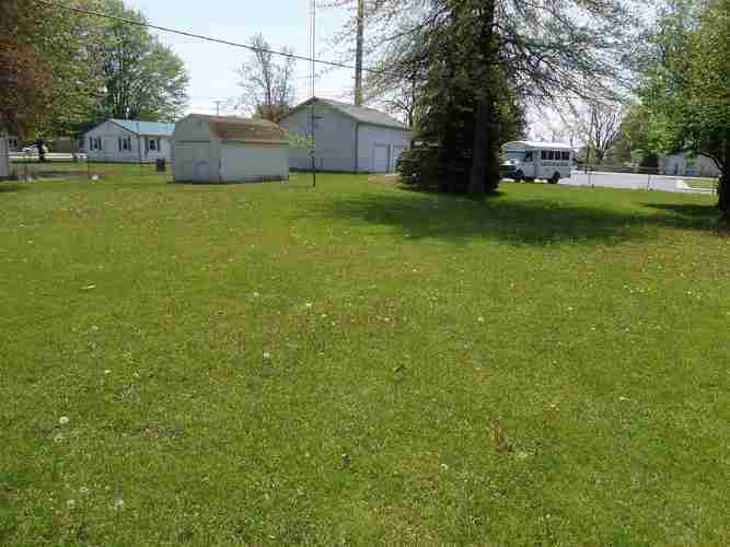 105 Peterson Drive Sweetser IN 46987   MLS 202017744   photo 4