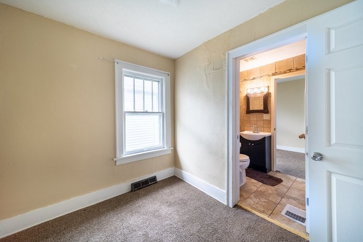 1104 S 30th Street South Bend IN 46615-1814 | MLS 202017937 | photo 17