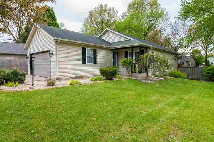 4311 Portage Road South Bend IN 46628 | MLS 202018271 | photo 2
