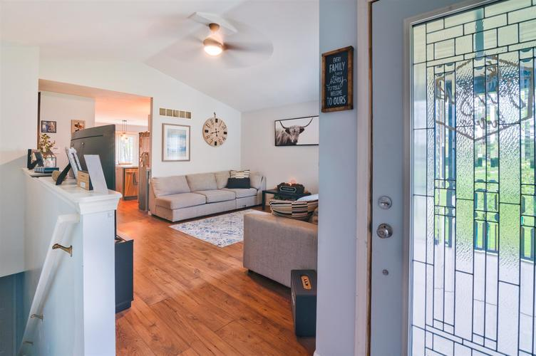 4311 Portage Road South Bend IN 46628 | MLS 202018271 | photo 5