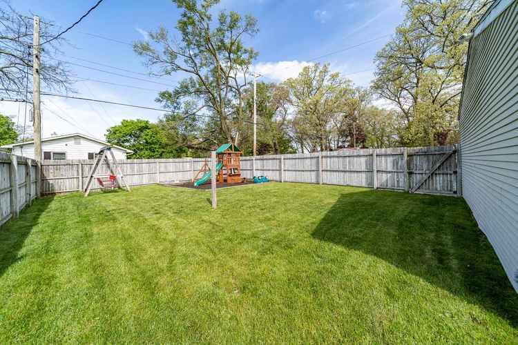 835 Northwood Drive South Bend IN 46617 | MLS 202018385 | photo 19