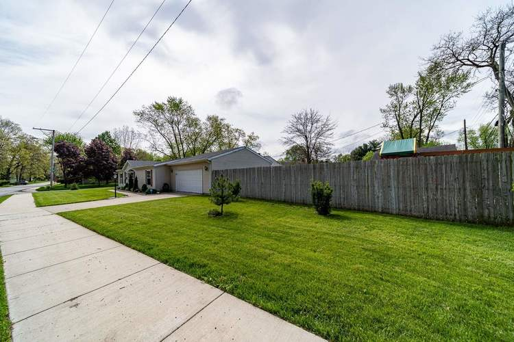 835 Northwood Drive South Bend IN 46617 | MLS 202018385 | photo 20