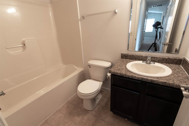 2122 Plateau Point Fort Wayne IN 46808 | MLS 202018442 | photo 16