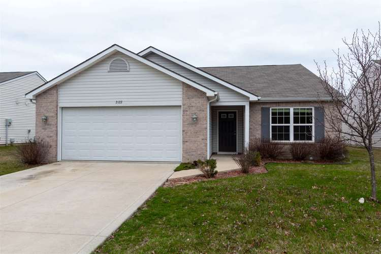 2122 Plateau Point Fort Wayne IN 46808 | MLS 202018442 | photo 2