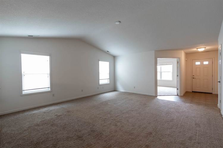 2122 Plateau Point Fort Wayne IN 46808 | MLS 202018442 | photo 23