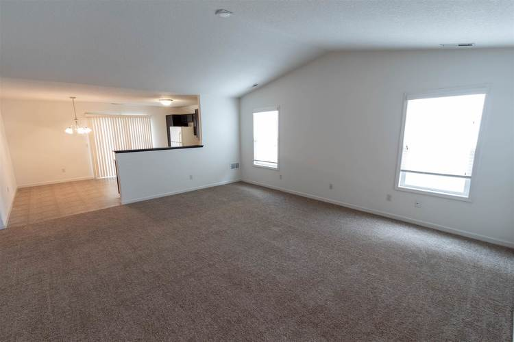 2122 Plateau Point Fort Wayne IN 46808 | MLS 202018442 | photo 26