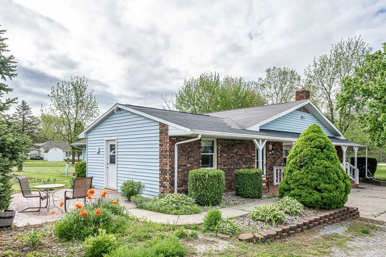 2348 E Old Road 30 Warsaw IN 46582   MLS 202018713   photo 28