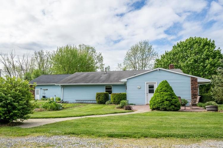 2348 E Old Road 30 Warsaw IN 46582   MLS 202018713   photo 29