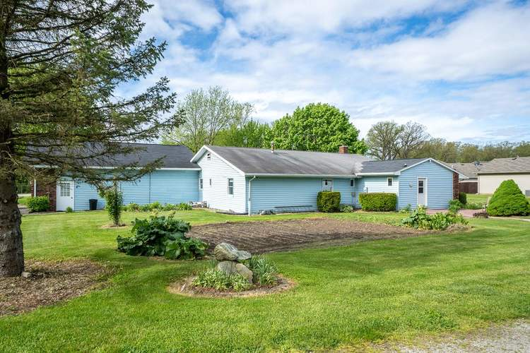 2348 E Old Road 30 Warsaw IN 46582   MLS 202018713   photo 30