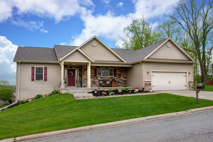 25728 Rolling Hills Drive South Bend IN 46628 | MLS 202018769 | photo 1