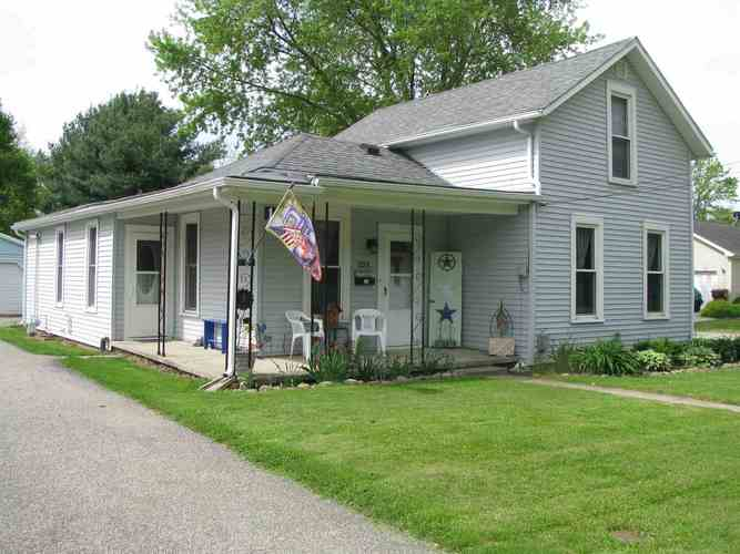 1201 W Main Street North Manchester IN 46962   MLS 202018798   photo 1