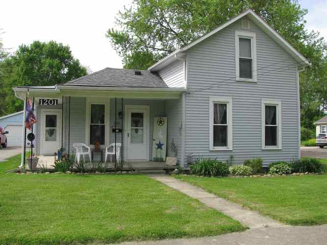 1201 W Main Street North Manchester IN 46962   MLS 202018798   photo 2