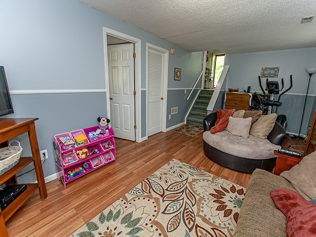 4021 Castell Drive Fort Wayne IN 46835 | MLS 202018801 | photo 13
