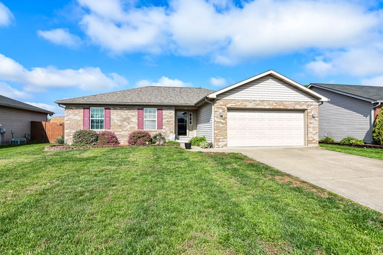 12824 Cold Water Drive Evansville IN 47725 | MLS 202019015 | photo 1