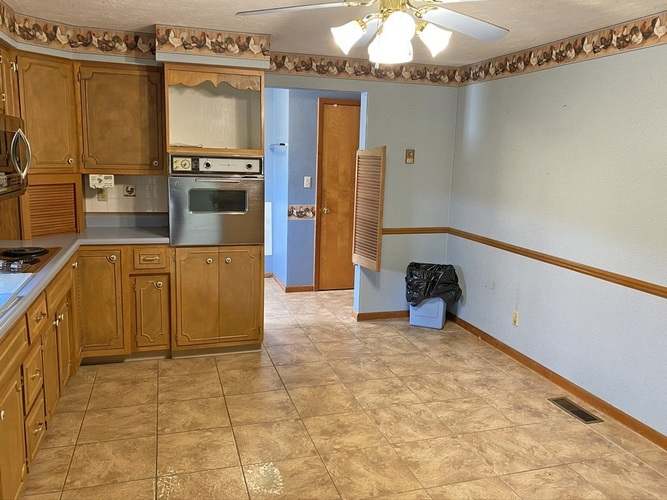 7319 W State Road 38 New Castle IN 47362-9750   MLS 202019032   photo 7