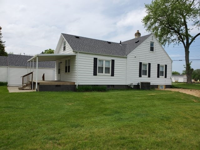 1618 N Byrkit Street Mishawaka IN 46545 | MLS 202019425 | photo 2