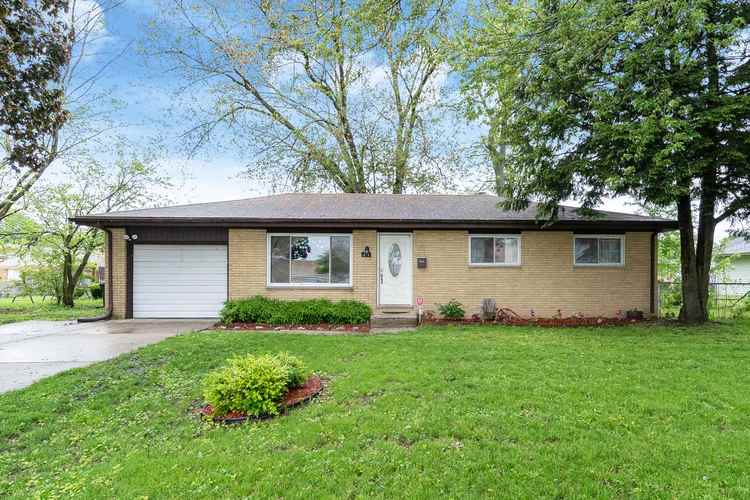215 S Summit Drive South Bend IN 46619   MLS 202019771   photo 1