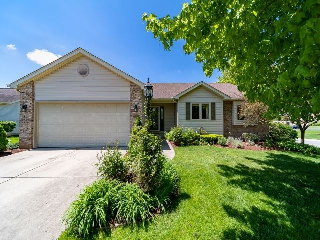 52551 Bayview Drive South Bend IN 46635 | MLS 202019931 | photo 1