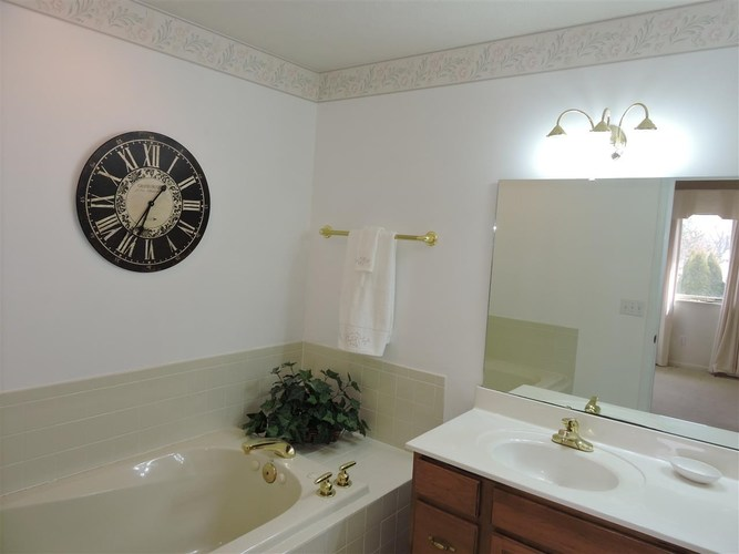 52551 Bayview Drive South Bend IN 46635 | MLS 202019931 | photo 17