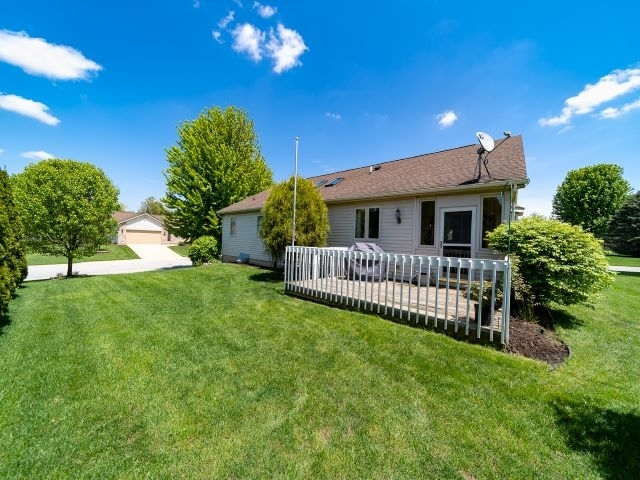 52551 Bayview Drive South Bend IN 46635 | MLS 202019931 | photo 23