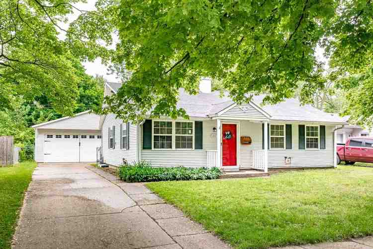 448 Chamberlin Drive South Bend IN 46615-3214 | MLS 202019994 | photo 1