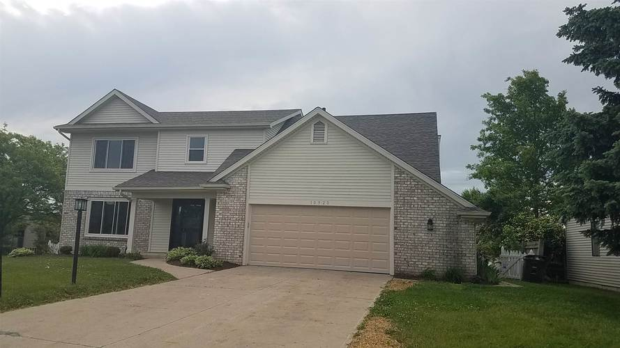 10920 Current Cove Fort Wayne IN 46845 | MLS 202020328 | photo 2