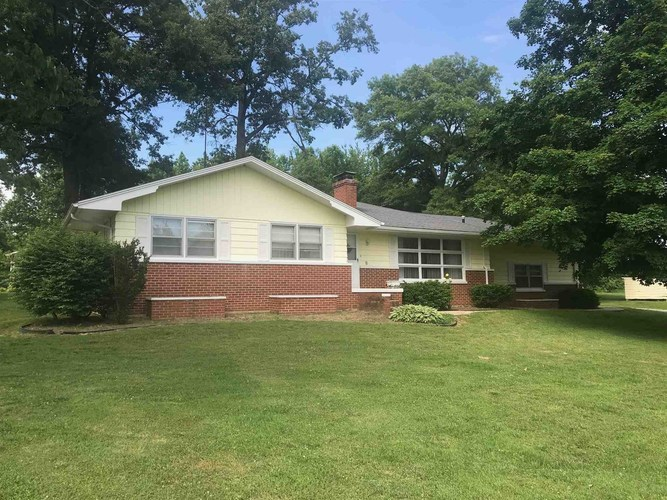 11052  Country Club Road Lawrenceville, IL 62439 | MLS 202020330