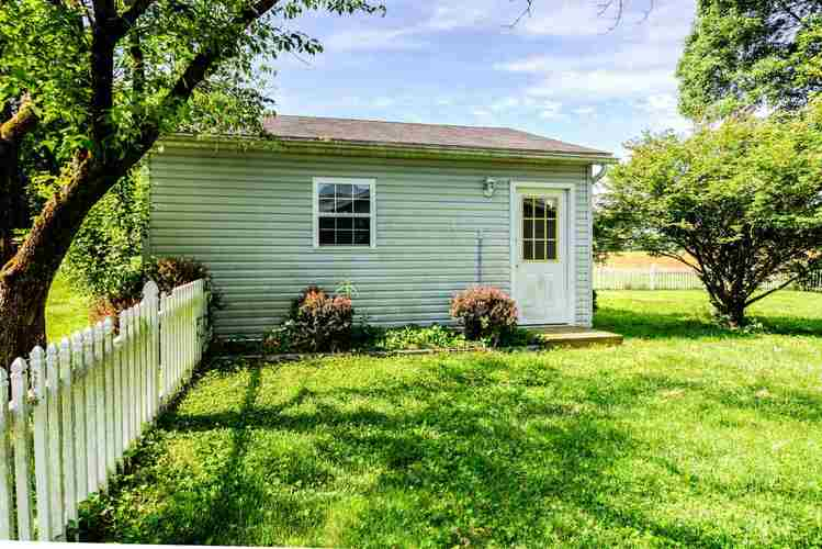 4711 W State Route 62 Boonville IN 47601   MLS 202020636   photo 27