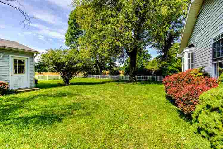 4711 W State Route 62 Boonville IN 47601   MLS 202020636   photo 28