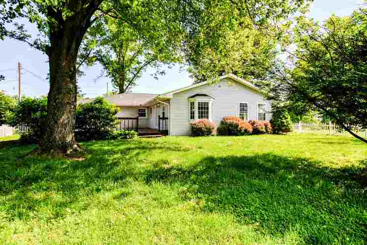4711 W State Route 62 Boonville IN 47601   MLS 202020636   photo 3
