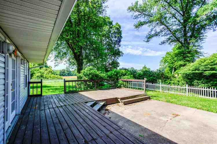 4711 W State Route 62 Boonville IN 47601   MLS 202020636   photo 30