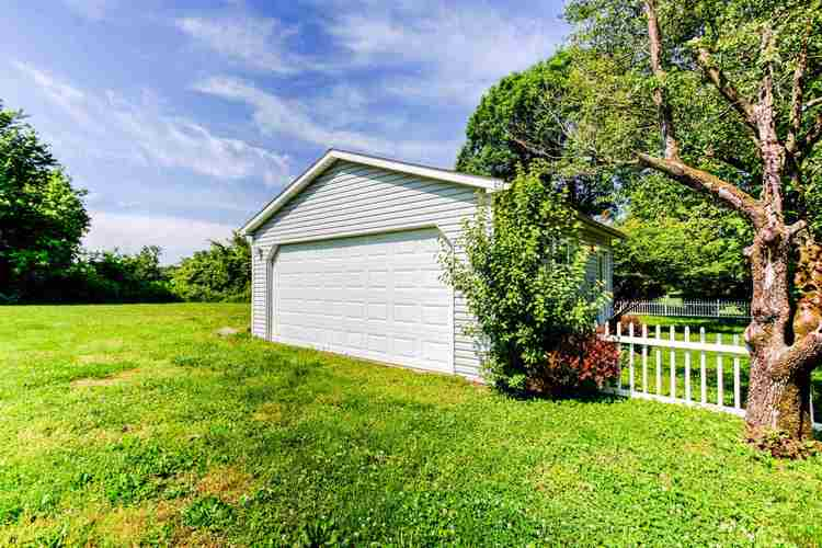 4711 W State Route 62 Boonville IN 47601   MLS 202020636   photo 31